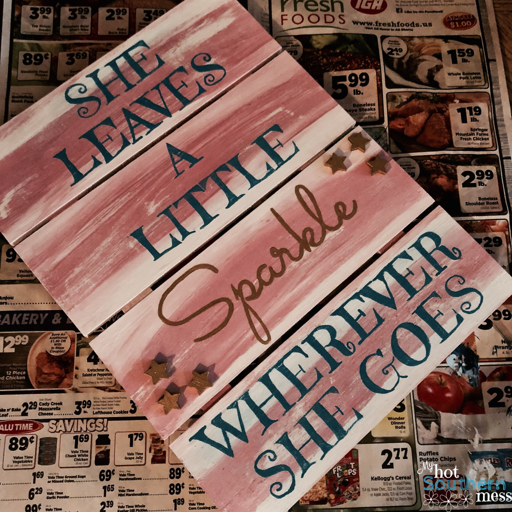 Easy DIY Pallet Signs   My Hot Southern Mess