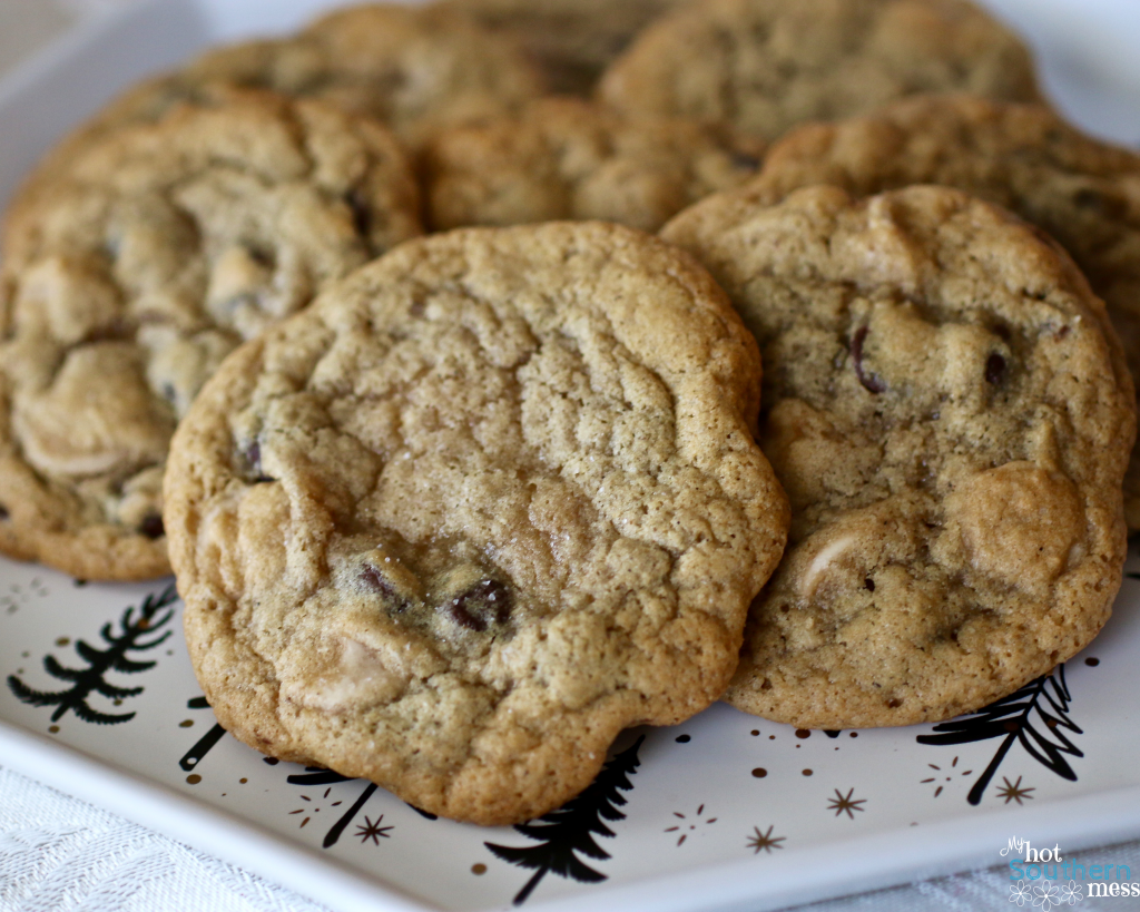 Salted Caramel Chocolate Chip Cookies| My Hot Southern Mess